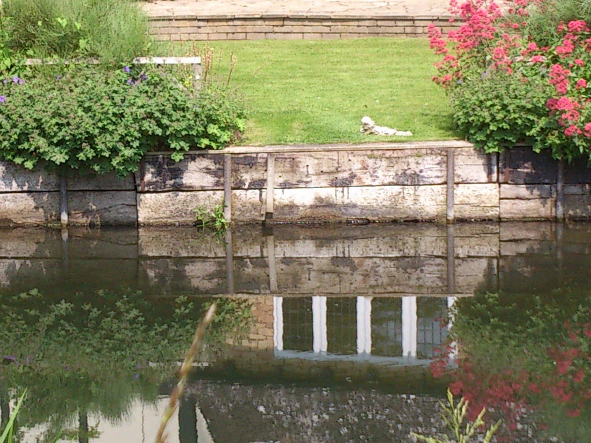 Riverbank retainment
