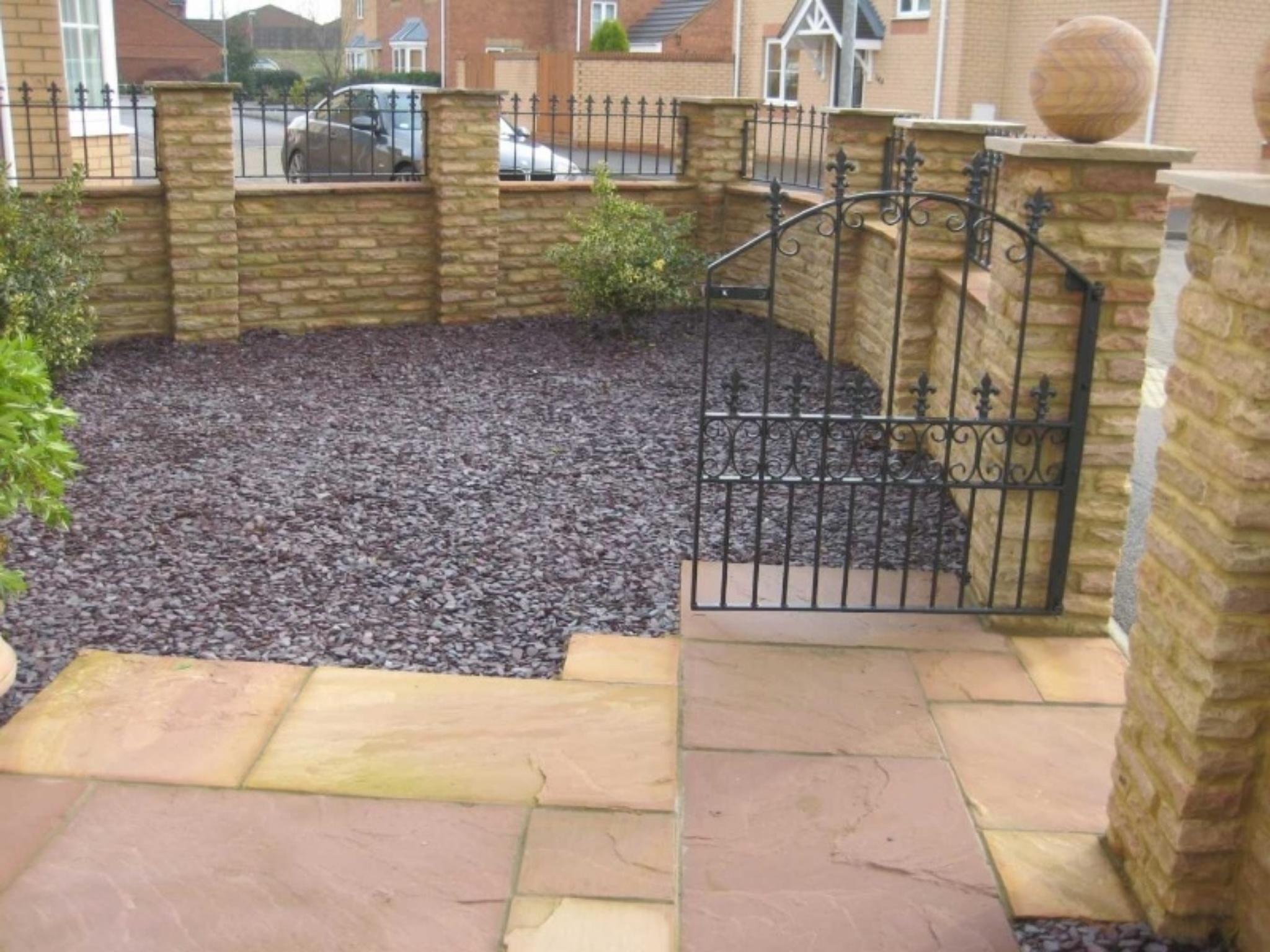 Garden Walls & Pathway