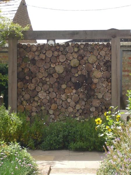Log wall
