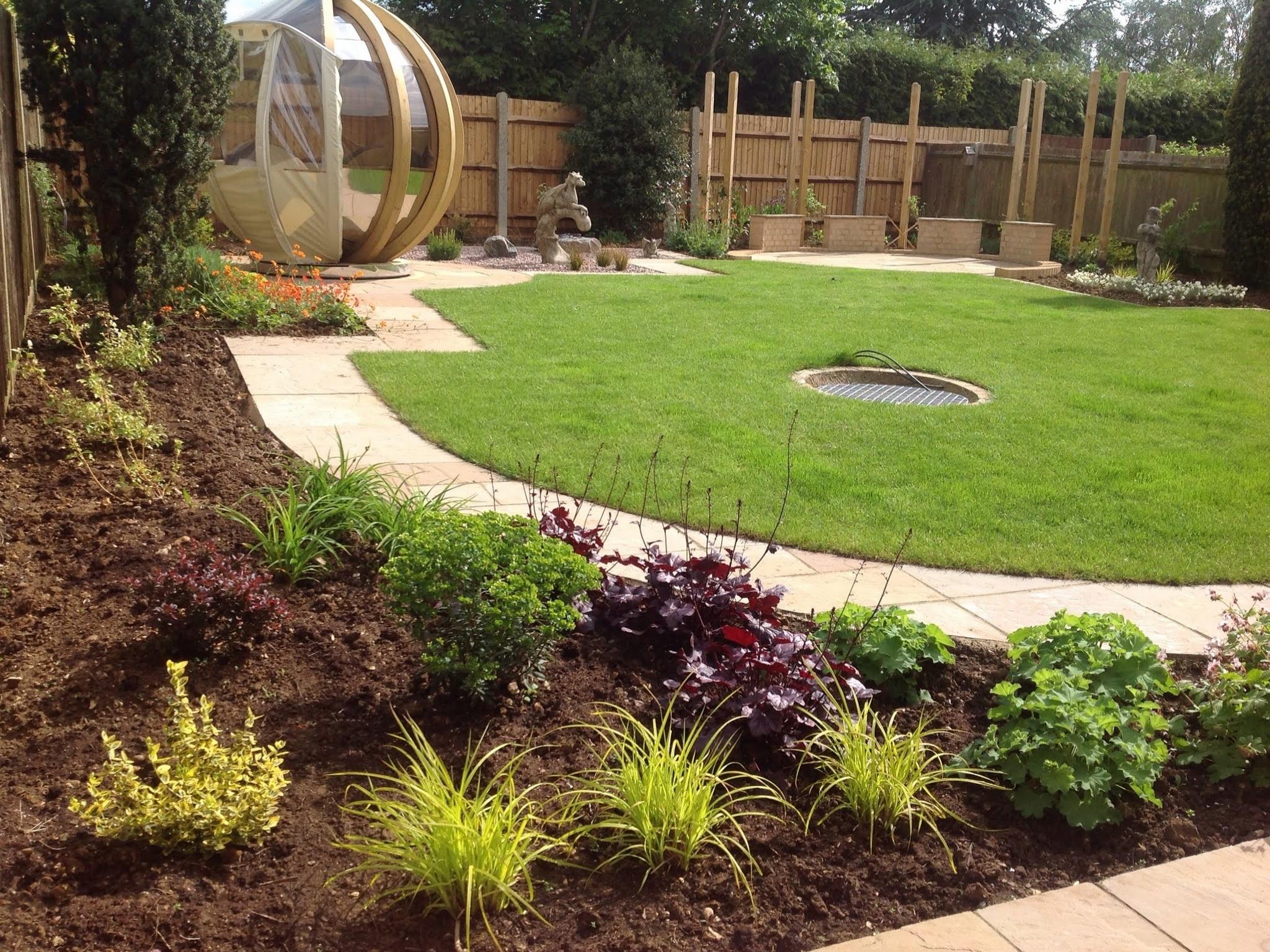 Shaped Lawn & Planting